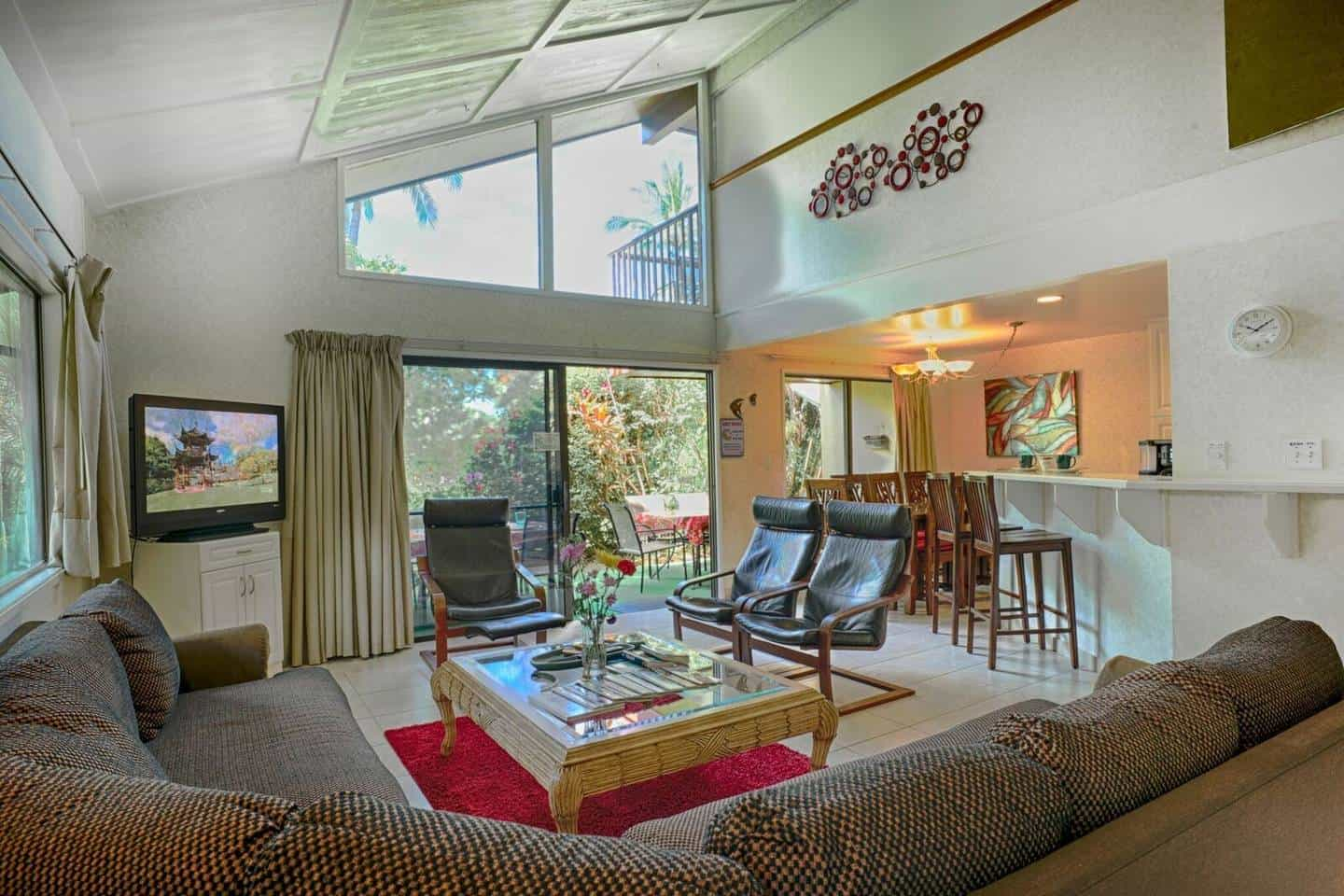 Best AirBNB Kihei for 10 Guests (Budget Option)