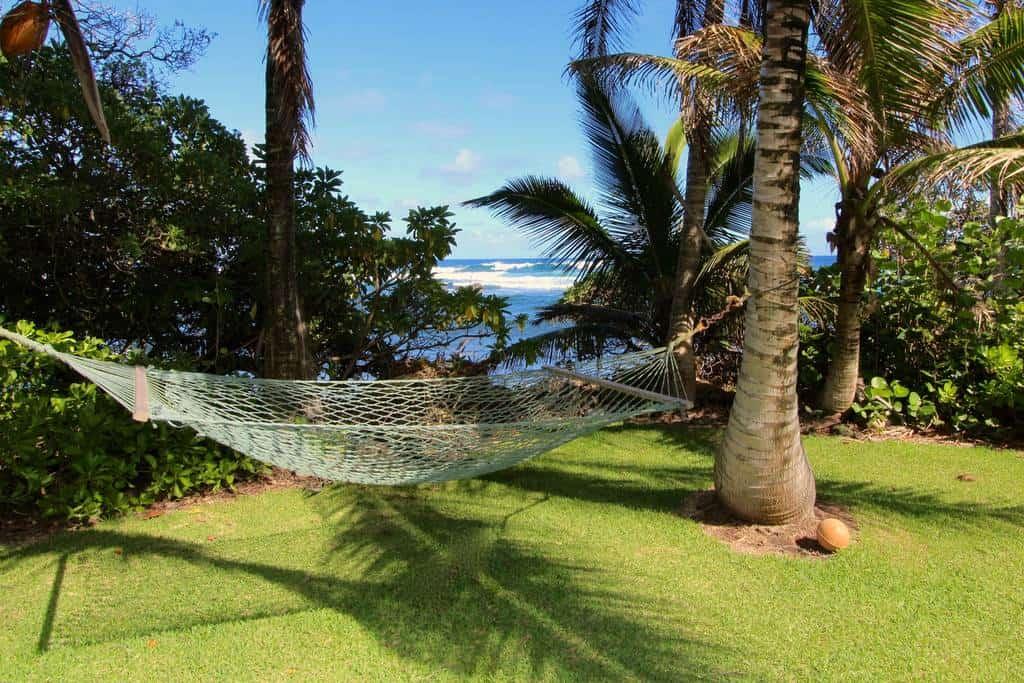 Airbnb Maui Gem! Huge house near Hana, right on the beach