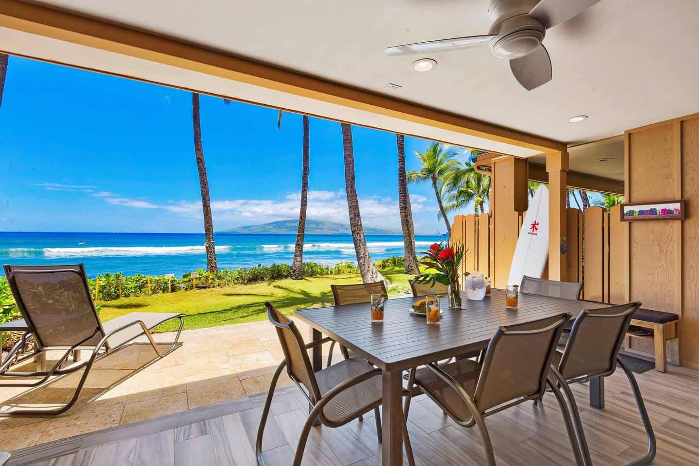 Airbnb Maui: Lahaina Condo on the Water