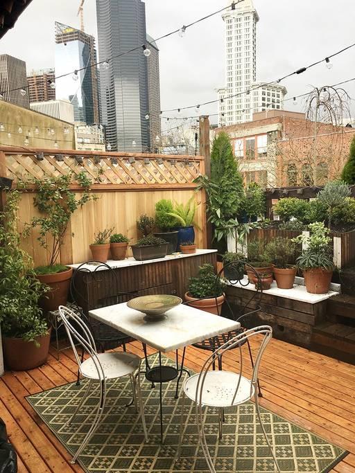 Beautiful Secret Garde! Airbnb Seattle Rooftops