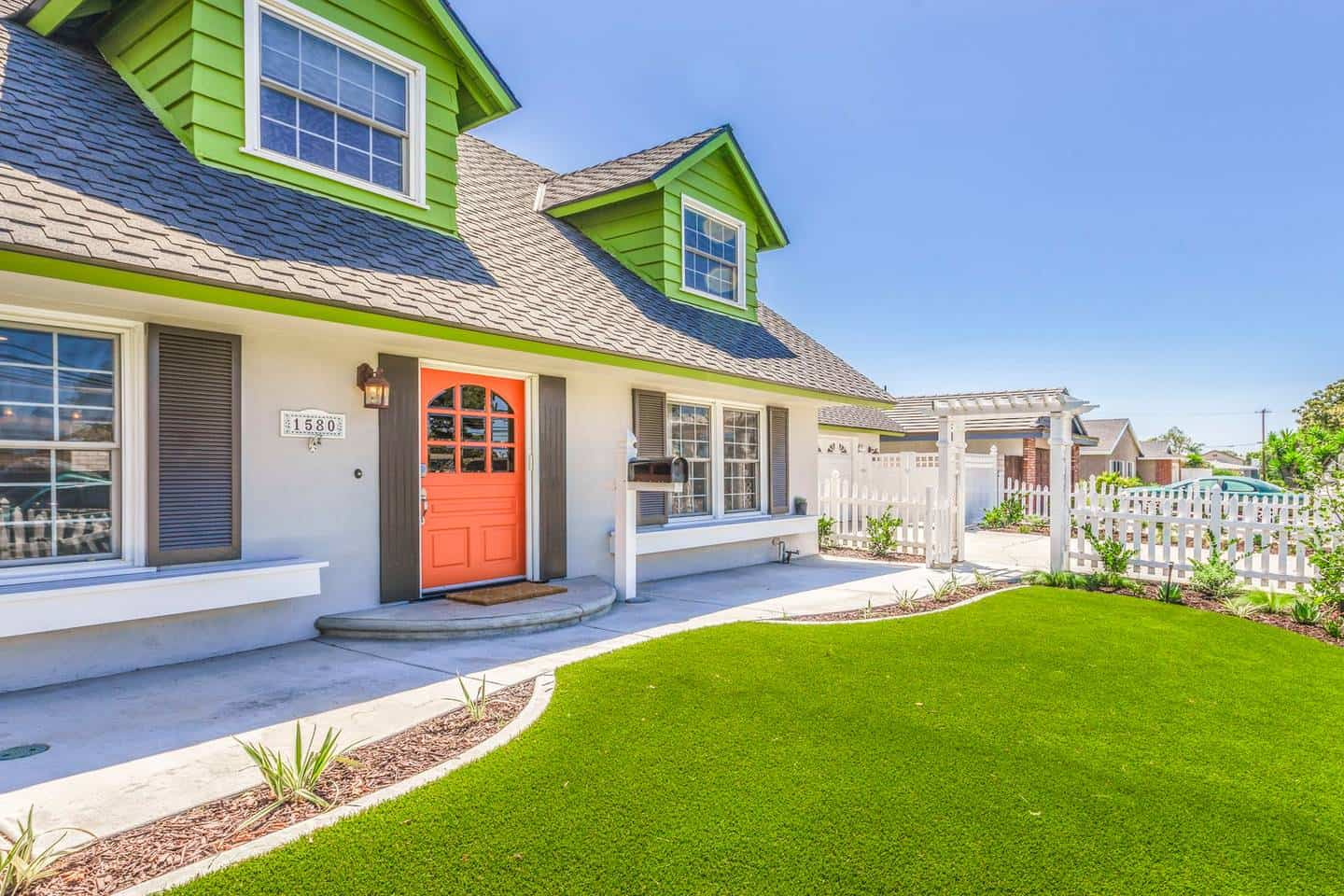 Stunning! White picket fence home is a dreamy Airbnb in Anaheim