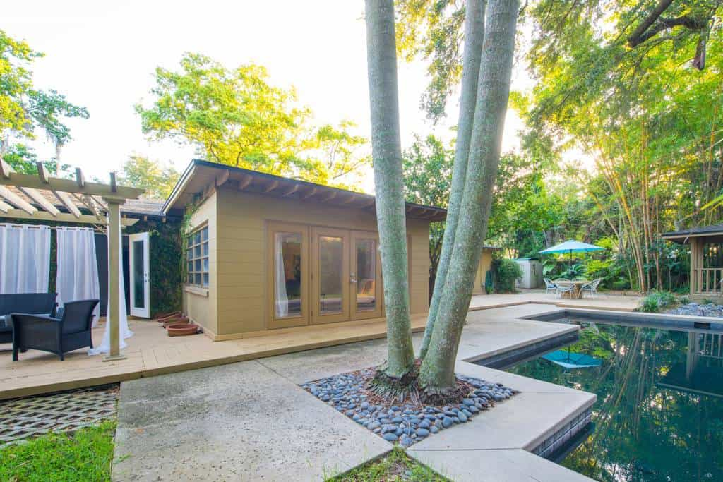 Key West Inspired Orlando Airbnb. Located in Winter Park, Florida