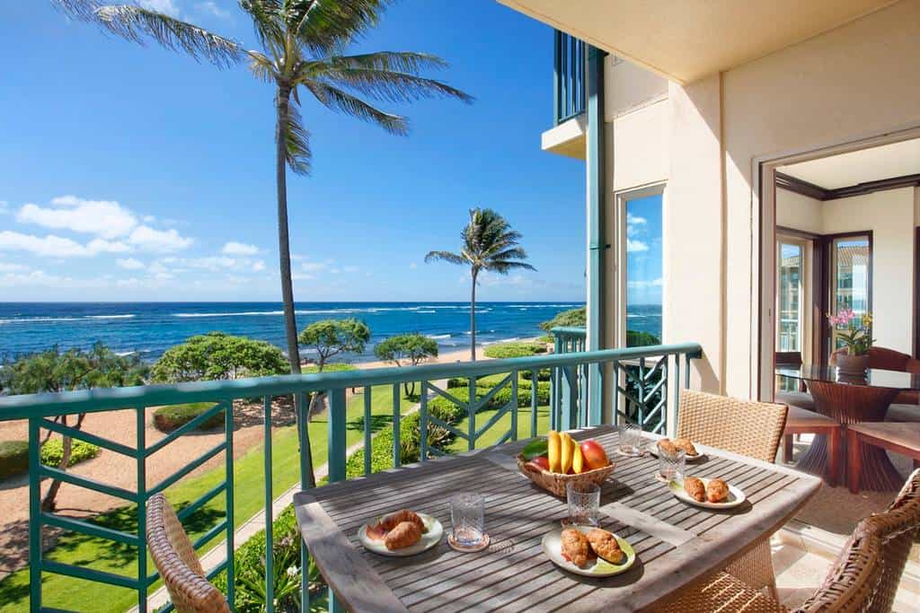 You have to see the inside of this Airbnb Maui rental!