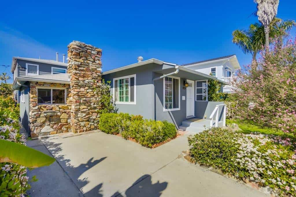 Check out this fantastic budget Airbnb in La Jolla, California