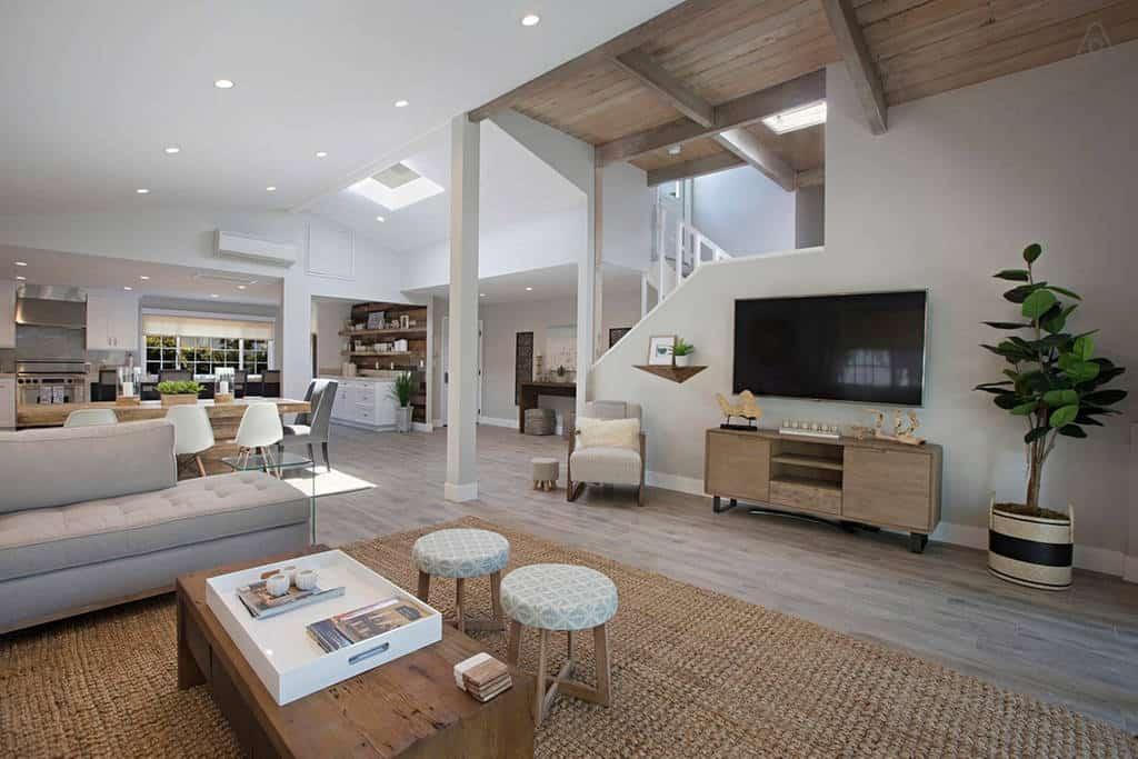 Beautiful and Huge! La Jolla Airbnb, Big Enough for 12 Guests