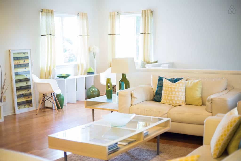 Our favorite East Oahu Airbnb budget vacation rental