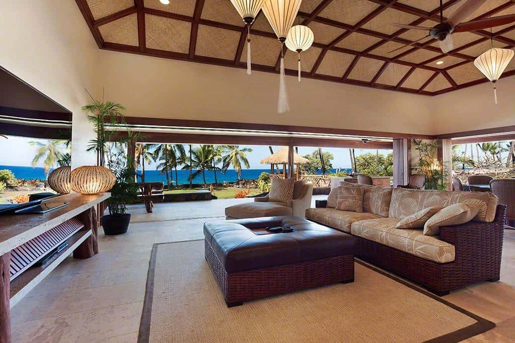 Now that's DREAMY...Gorgeous Airbnb Kona Rental that Sleeps 12