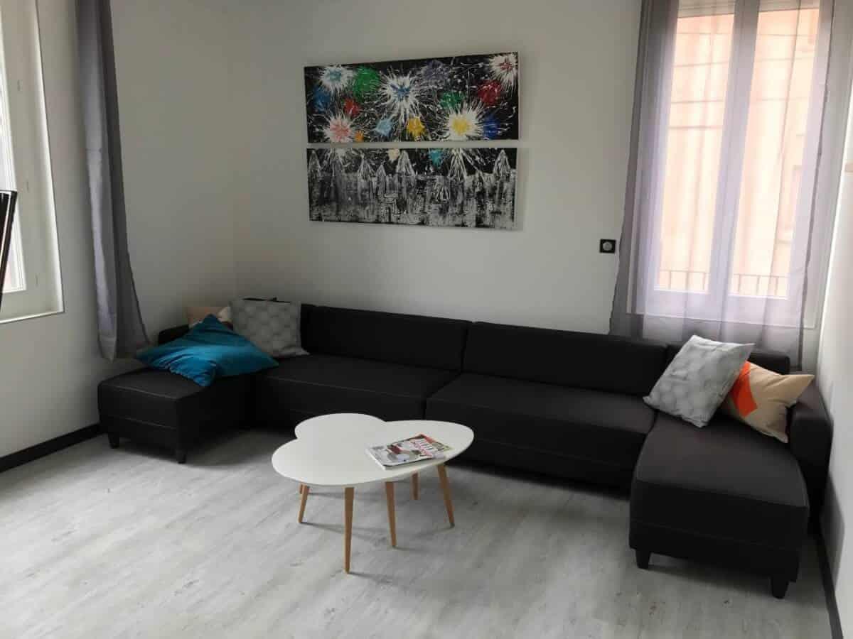 Fantastic budget Carcassonne airbnb rental!
