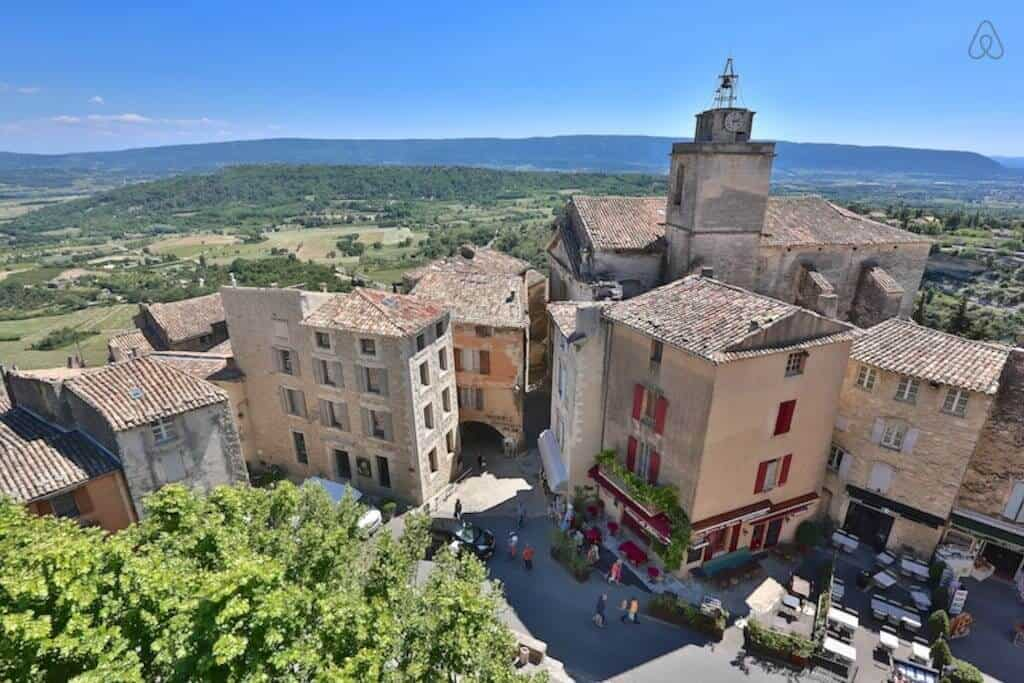 So DREAMY! Our favorite Luberon Airbnb!