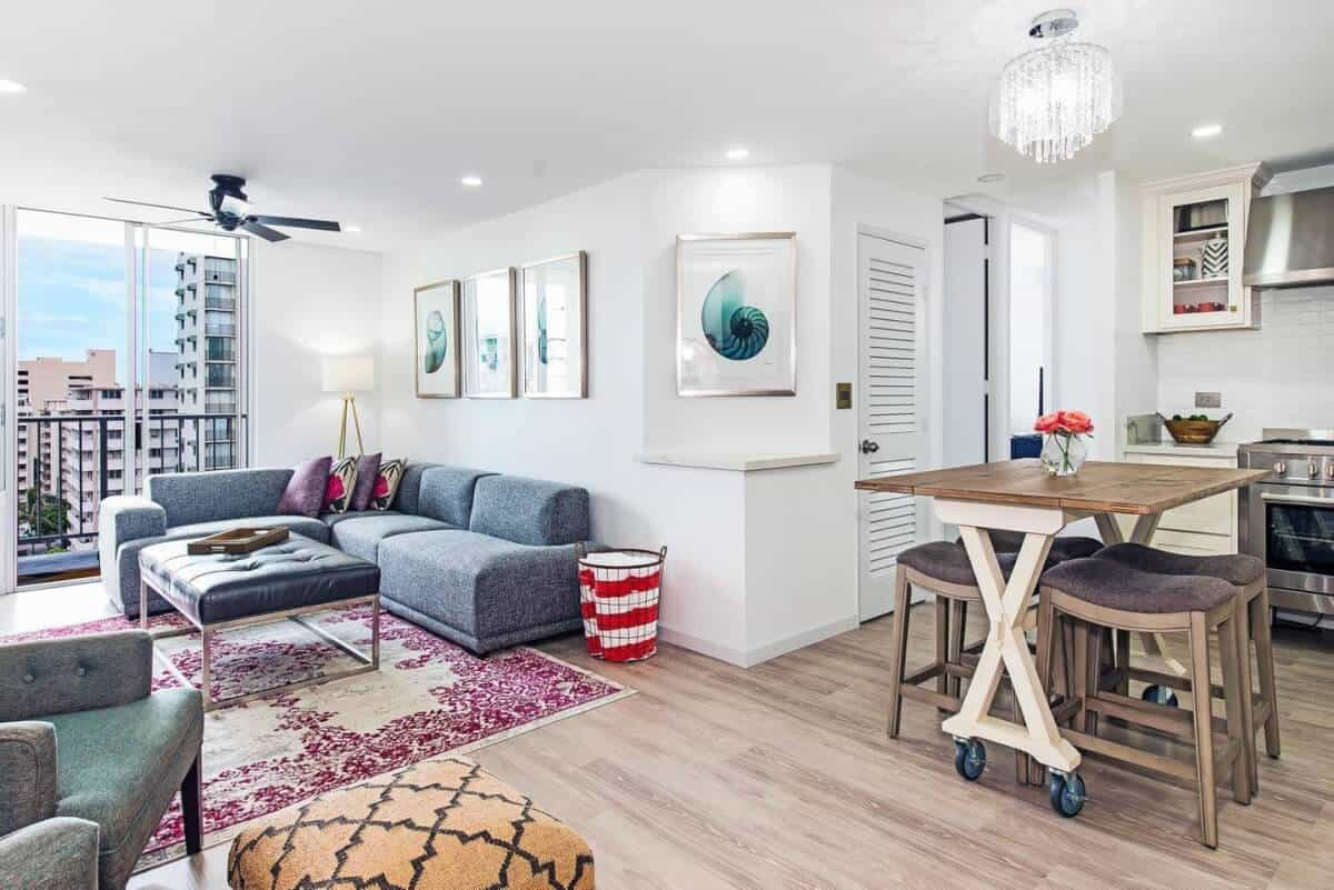 Now that's DREAMY...Gorgeous Airbnb Honolulu Rental that Sleeps 12