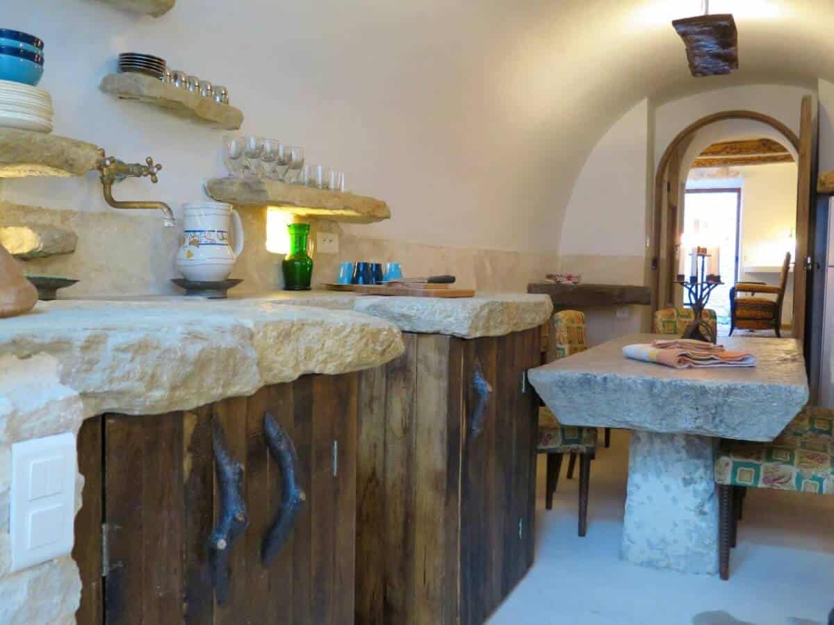 Rock-hewn House in South of France? Yes, please!