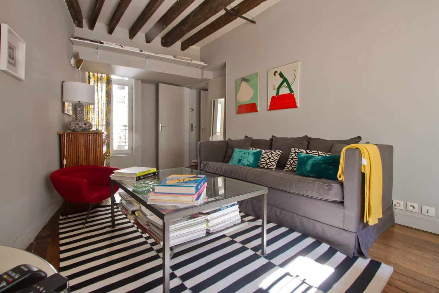 Wow! This Airbnb Paris listing near Notre Dame is dreamy. You have to see the pictures!