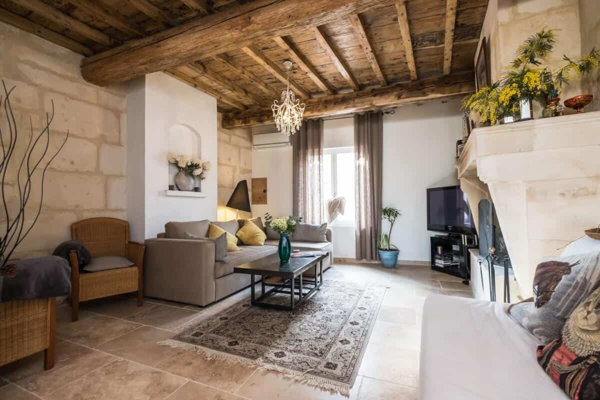Wow! Dreamy Airbnb Arles France vacation rentals -- we found them! Save time on your search