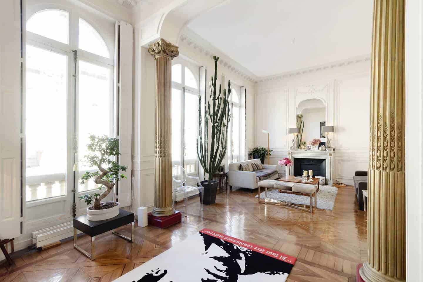 Wow! This Airbnb Paris listing near Pantheon is dreamy. You have to see the pictures!