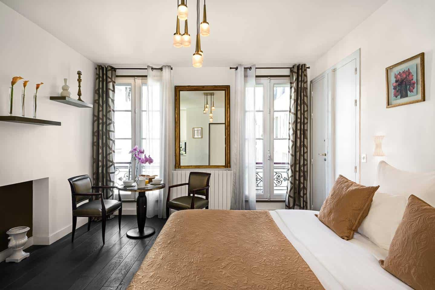 Wow! This Airbnb Paris listing near Luxembourg Gardens is dreamy. You have to see the pictures!