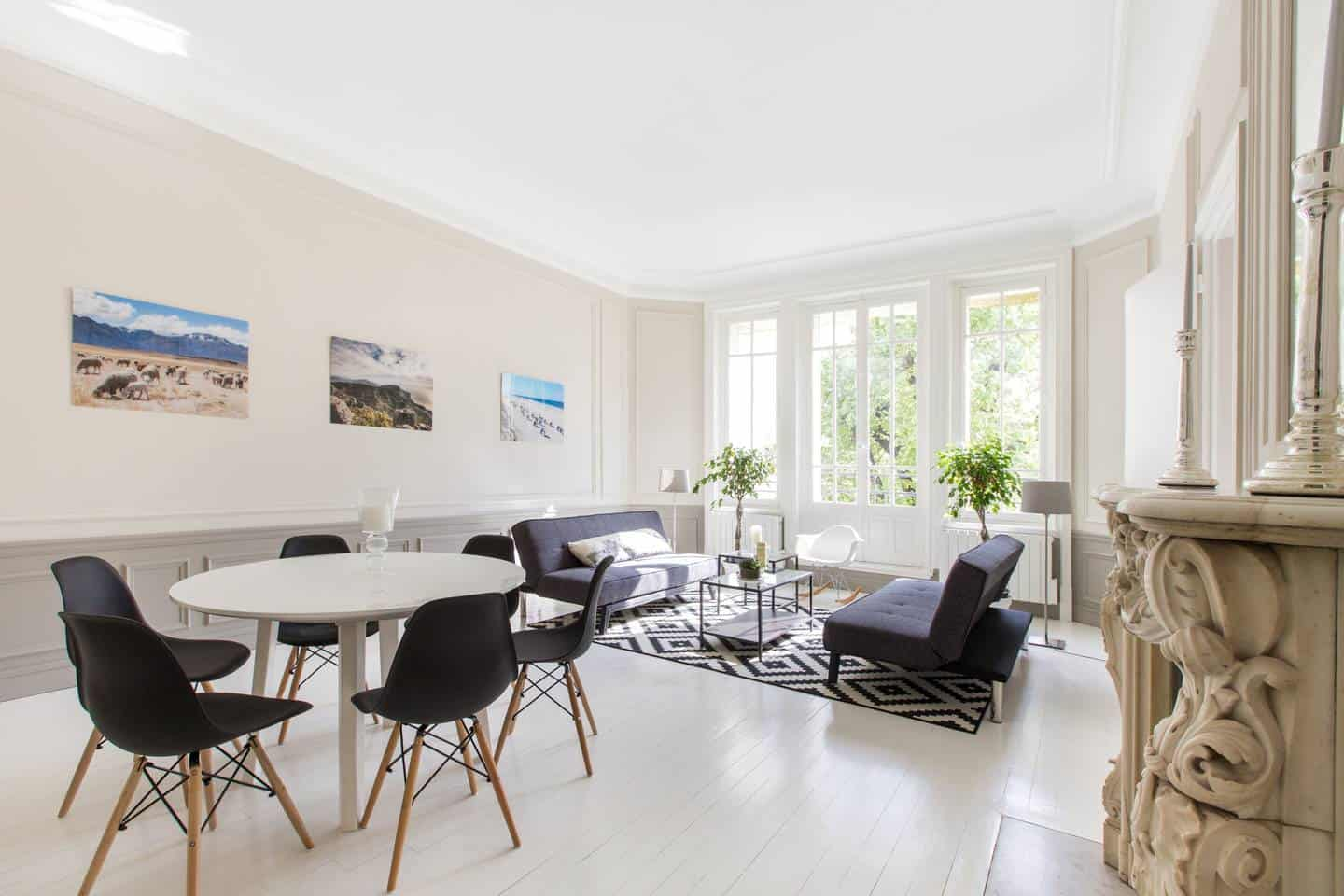 Wow! This Airbnb Paris listing near Eiffel Tower is dreamy. You have to see the pictures!