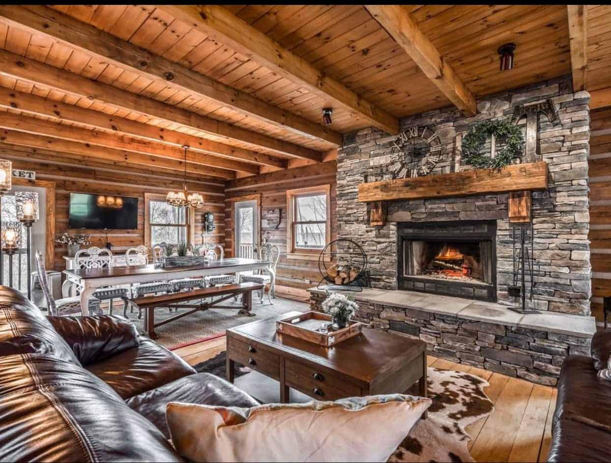 Image of luxury cabin in Loveland, Ohio