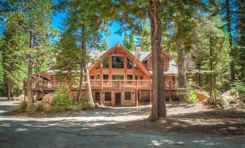Image of luxury cabin in Shingletown, California