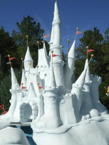 Castle at winter Summerland Miniature Golf in Orlando