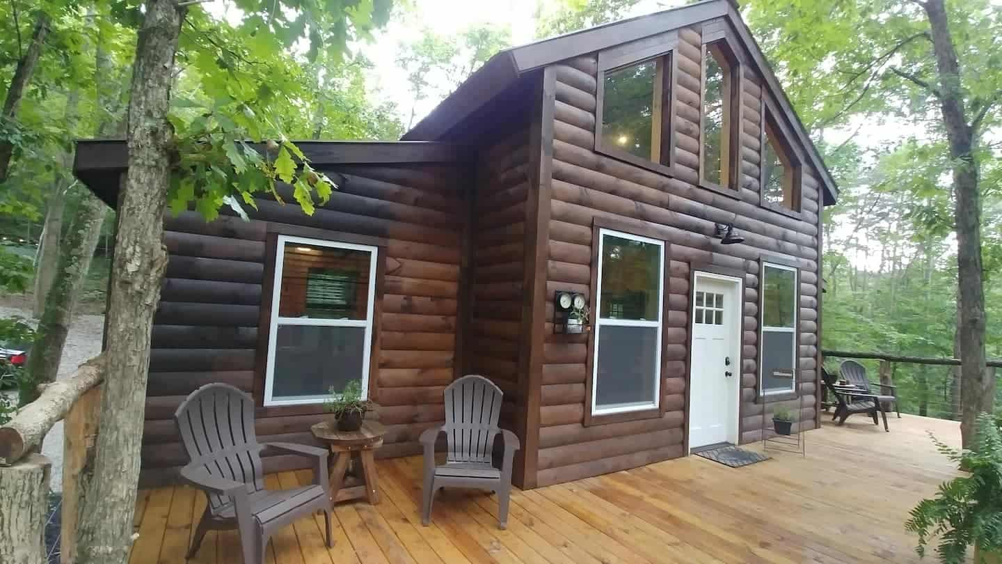 Image of treehouse rental in Ohio