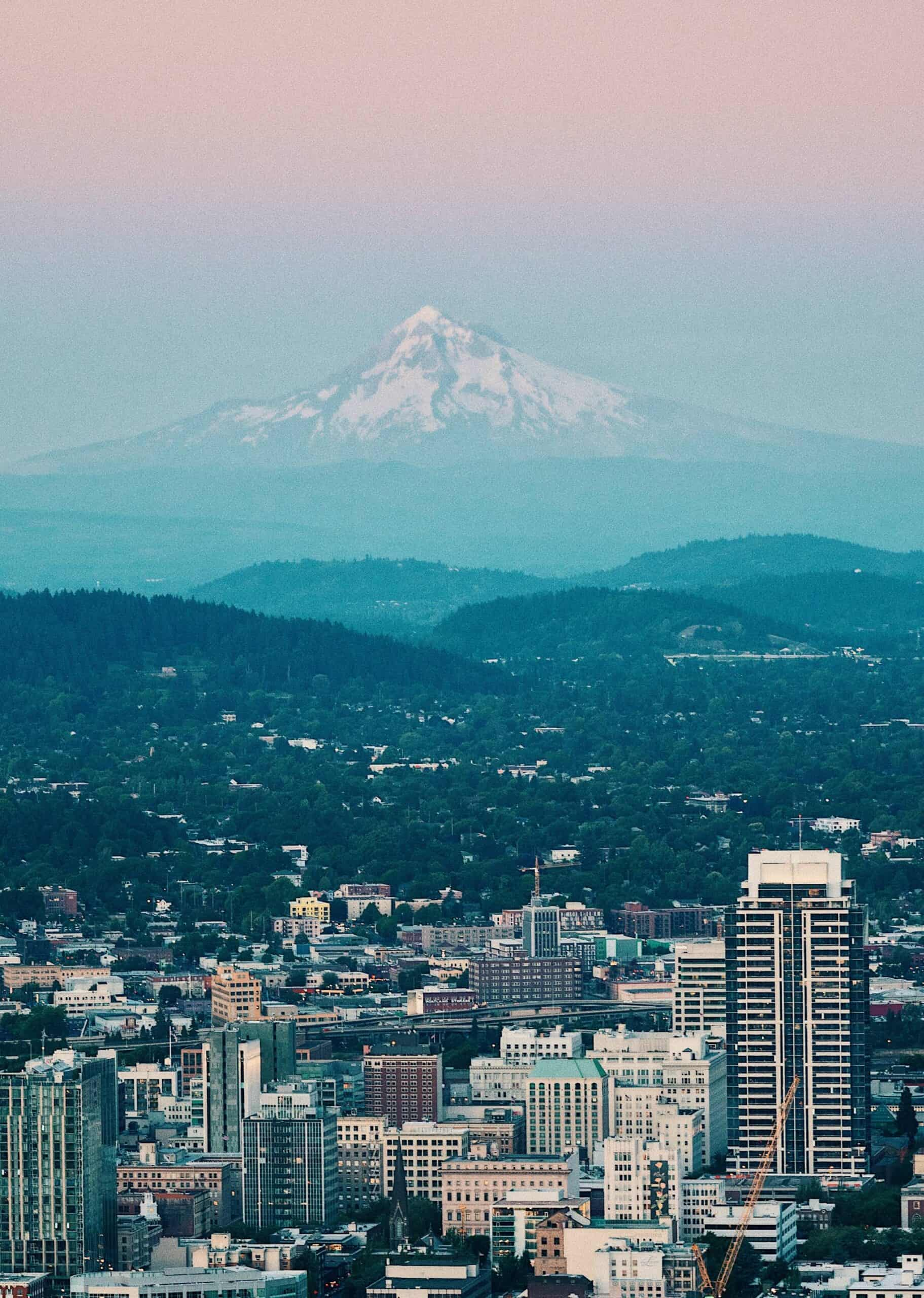 Wow! We found the Best Airbnb Mount Hood, Oregon Rentals. Save time searching!