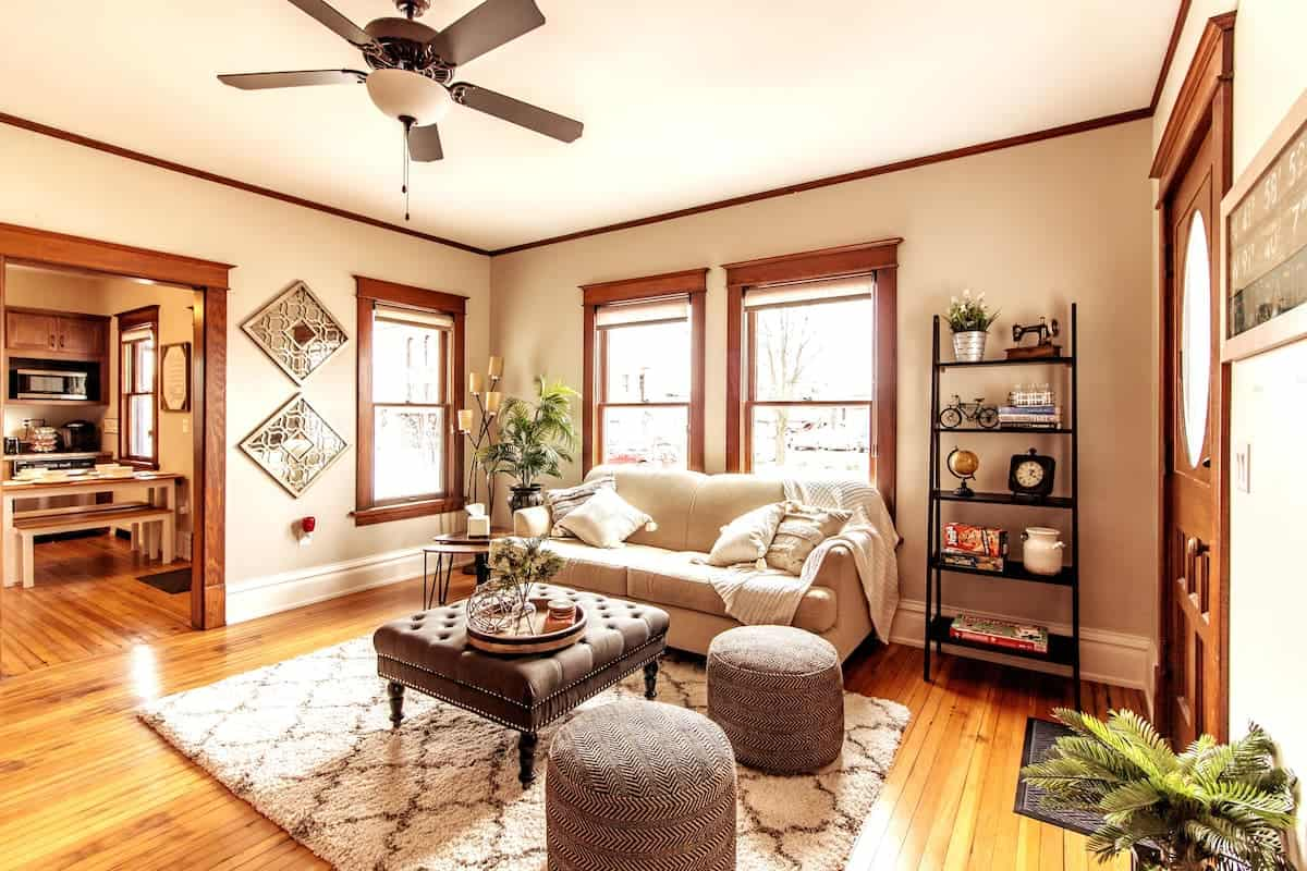 Image of Airbnb rental in Cedar Rapids, Iowa