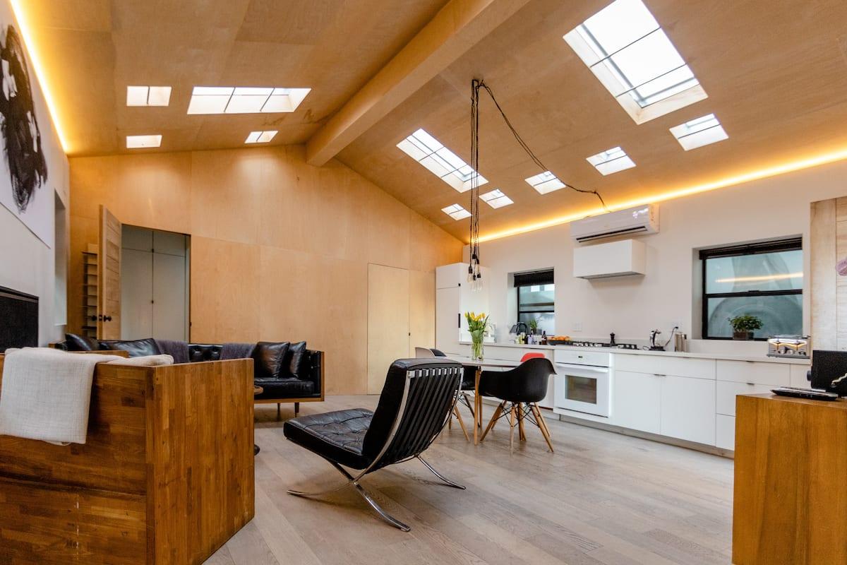 Image of Airbnb rental in Venice Beach, California