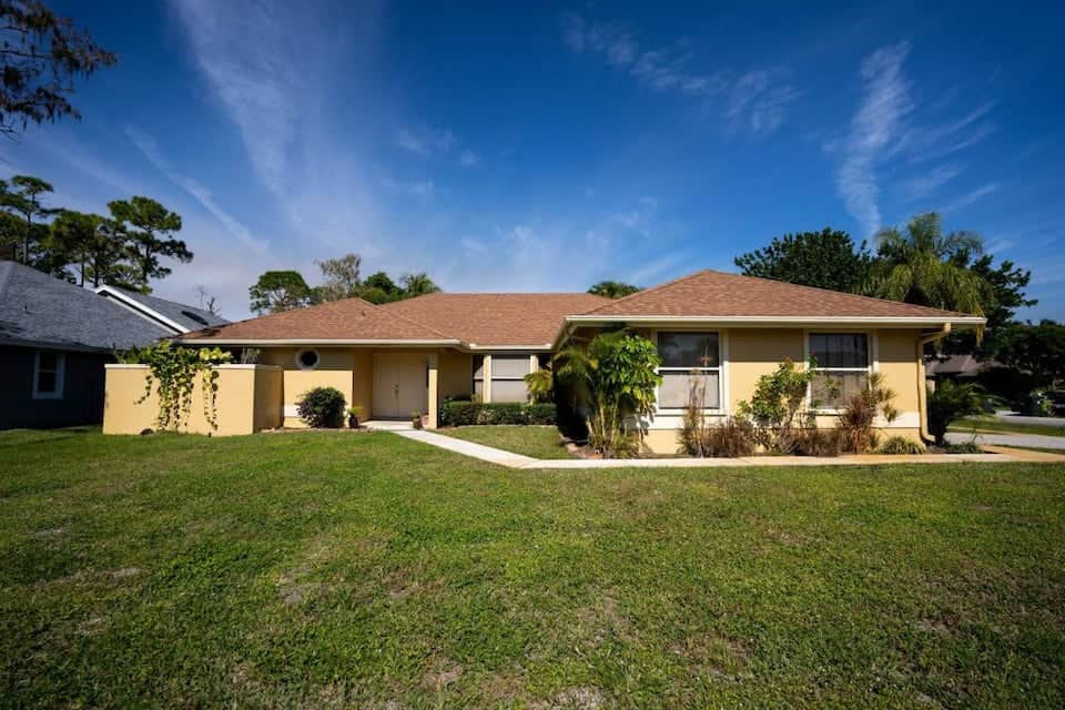 Image of Airbnb rental in Jupiter, Florida