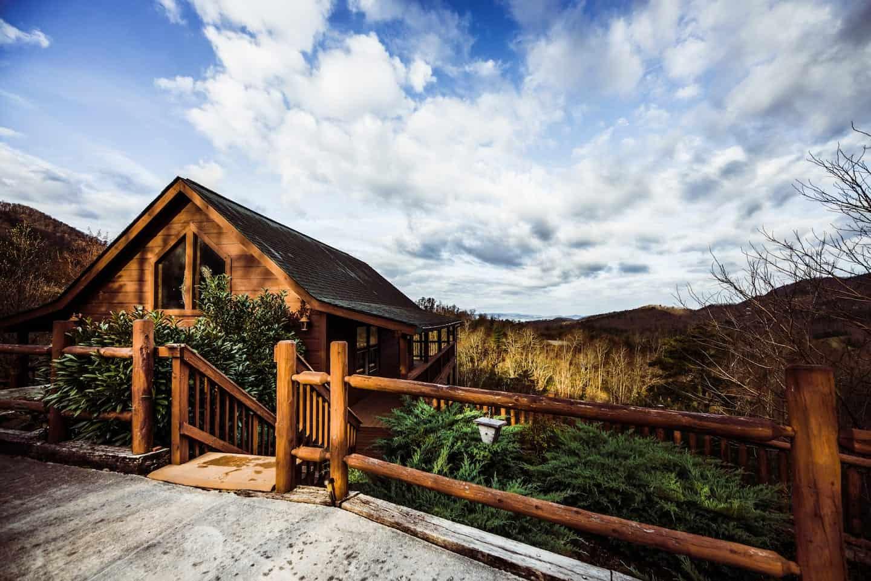 Image of cabin rental in Gatlinburg, Tennesee