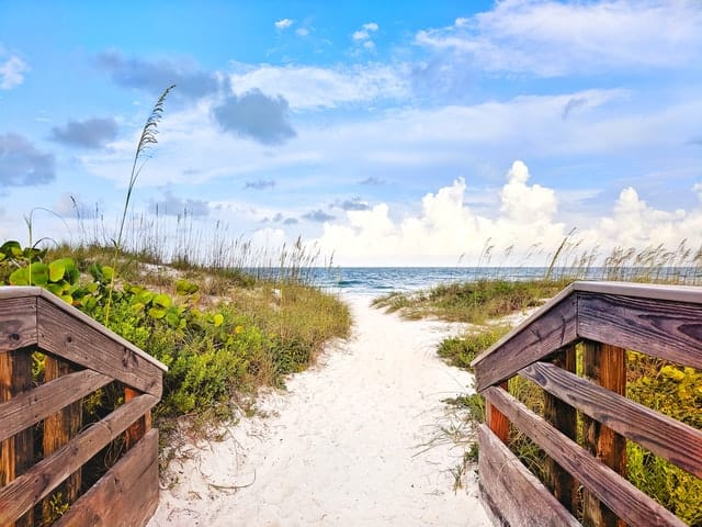 Wow! We found the Best Airbnb on beach Florida. Save time searching!
